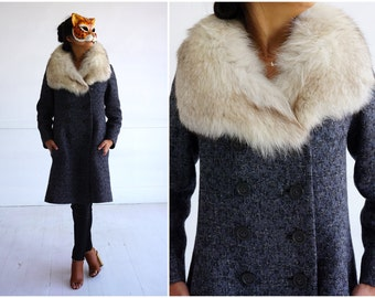Vintage 1960's Gray Wool Fitted Jacket with Oversized Fox Fur Collar | Small/Medium