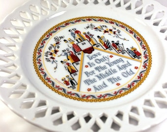 Vintage 1960s Berggren wall plate. Love is only for....Everyone.