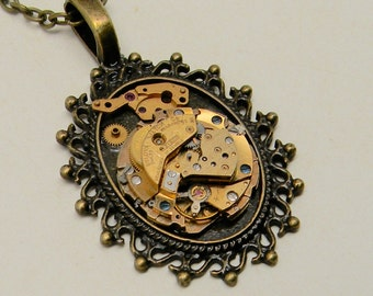 Steampunk jewelry. Steampunk watch pendant necklace.