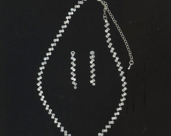 Vintage Necklace& Earrings Rhinestone Set . Prom . Fashion Jewelry Crystal Chain . Bridal Jewelry - Wedding jewelry by enchantedbeas on Etsy