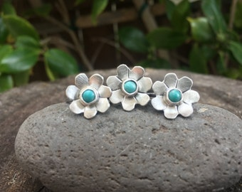 Sterling Silver and Turquoise Flower Ring