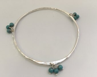 Hammered Silver Turquoise Bead Bangle