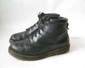 Vintage DOC MARTEN Black Made in England Lace Up Boots. Size 10 Men's