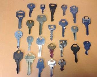 Vintage Key Lot 24 Metal Keys, Ezset, Jalleb, Allison, Vanquard, Sargent, Chalet