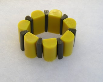 Fabulous French Geometric Abstract Wide Stretch Resin Bracelet