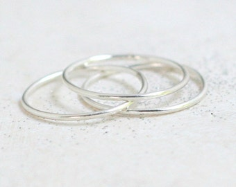 stacking rings. sterling SILVER bands. set of THREE. smooth, dainty, thin stack ring. skinny stacking ring. knuckle midi rings. minimalist.