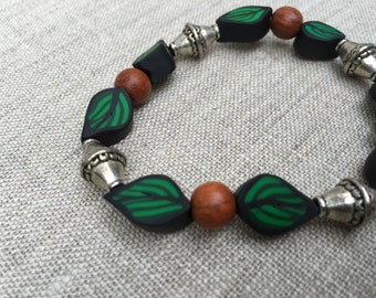 Leaf Bracelet with Silver Beads