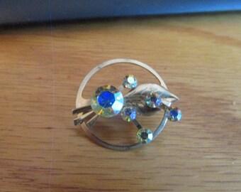 Carnival circle brooch