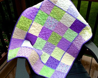 Lavender Tyme Baby Quilt