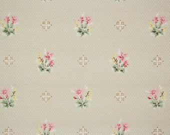 1920s Vintage Antique Wallpaper Pretty Flower Bouquets on Green by the Yard--Made in England