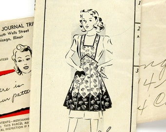 1940s Vintage Apron Pattern - Mail Order 8230 - Pinafore Apron / Strawberry Apron / Size 14 / Bust 32