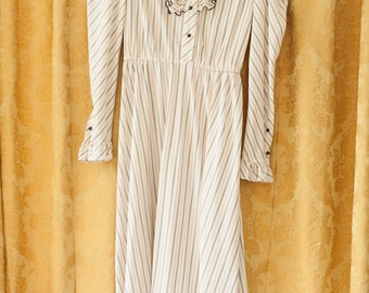 Vintage Dress - 80s Ruffle Neck School Girl Look