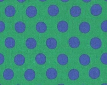 """Kaffe Fassett PWGP070.GREEN Green Blue Spot Polka Dot Dots FQ FAT Quarter Rowan Westminster Fasset Collective 18""""x22"""" Classic Quilt Fabric"""