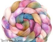 JAZZY PLUM - Sparkly Violet Angelina, Tussah Silk and Merino Roving Hand Dyed Wool, Combed Top Roving 4.1 oz