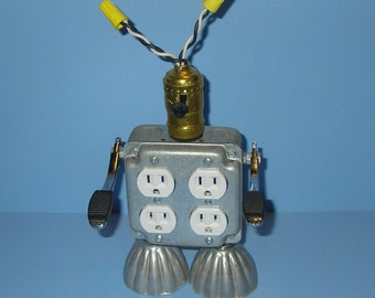 Robot, Recycled,Upcycle,Assemblage,Found Object,Reclaimed