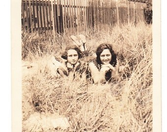 vintage photo Pretty Teen Girls posing in Tall Grass Picket Fence 1920s snapshot