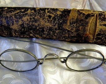 antique eyeglasses with very old case