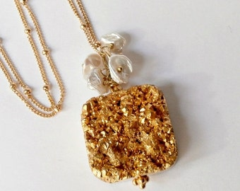50% OFF SALE Gold Druzy Necklace, Gold Titanium Pendant Necklace, 14kt Gold Fill,  Wire Wrapped Keishi Pearl