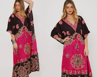 Vintage 90s ETHNIC Caftan Boho Maxi Dress Tribal MANDALA Print Caftan Hippie Dress Festival Maxi Dress O/S