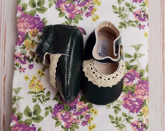 CLEARANCE Green Baby Girl Shoes in Genuine Leather....Lucy vintage style
