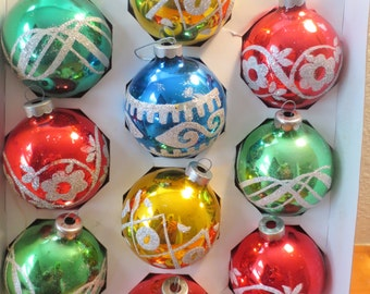 Vintage Lot of 10 Christmas Ornaments Made in USA Ornaments A great selection of beatutiful designs red gold green blue colors