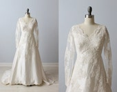 Vintage 1960s Long Sleeve Lace Wedding Dress / V  Neckline/ A-line Silhouette / Teeny by Priscilla of Boston