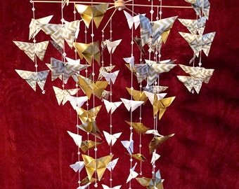 "68 Origami Butterfly Mobile – eight 10"" bamboo sticks in a circular design"