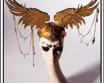 Gold Kiss… Wings in Gold with Chains and Jewels Headdress