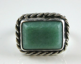 Ring, Size 10.75, Sterling Silver, Green Stone, Silver Women Jewelry, Wire Boarder, Rectangle Shape Stone, Vintage Silver Ring