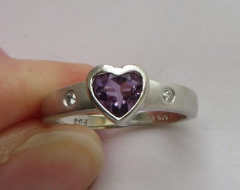 White Gold Bezel Set Amethyst Heart Ring with Gypsy set Diamonds, size 4.5 for small fingers, free US first class shipping