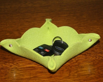 Scalloped Merino Wool Felt Trinket Dish Valet Tray for Her Catchall Catch All Bowl
