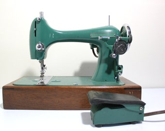 Vintage Teal National Sewing Machine w/ Case Boat Shuttle Style General Electric