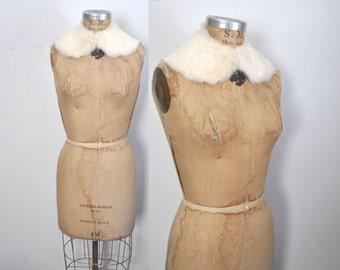 WHITE Rabbit Fur Collar / peter pan / bridal wedding