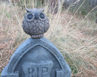 Tiny Owl Garden Statue Concrete  Brown