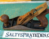 Vintage Stanley Bailey Wood Plane,  No. 4, smooth bottom, Stanley Blade, no patent number