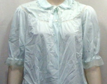 HOT SALE Vintage Nylon Bed Jacket Pastel Green Large Embroidered Flowers