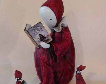 Reading Poppet Sculpture - Choose your book, your color.