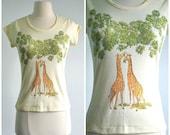 Vintage 90s Giraffe T-Shirt Animal Top Cap Sleeve Knit Novelty Shirt - extra small to small