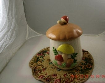 Vintage Retro 1960's/ 1970's Kitchen Ceramic Mushroom Canister~Shabby Cottage~Prairie~Farmhouse Chic Style~