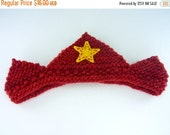 ON SALE Waldorf Crown - Birthday Crown - Red Plant Dyed Wool Yarn - Plant Dyed Wool Felt Appliqued Yellow Star - Knit