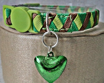 Kitten Collar / Small Cat Collar with a Heart Shaped Jingle Bell
