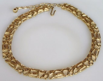 Trifari Jewelry, Vintage Trifari Gold Necklace, Trifari Necklace, Trifari Statement Necklace