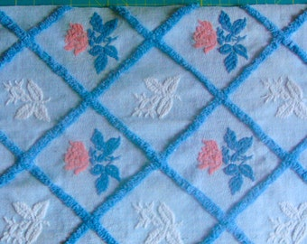 Bates Pink Roses Plush and Woven Vintage Cotton Chenille Bedspread Fabric 18 x 24 Inches