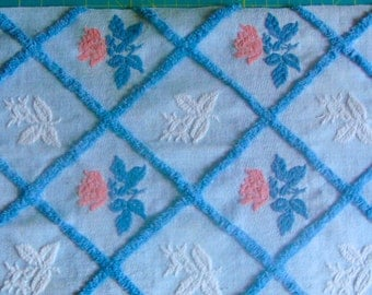 Bates Pink Roses Plush and Woven Vintage Cotton Chenille Bedspread Fabric 12 x 24 Inches