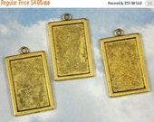 SALE 6 Bezel Blanks Charms Rectangle Tray Pendants Antiqued Gold - 24mm x 15mm Fill With Resin  (P855)