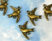 BuLK 50 Bird In Flight Connectors Links Charms Antique Bronze Tone 2 Sided (P1878 -50)