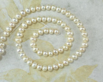 "White Pearls Potato 7mm Freshwater 16 "" Temporary Pearl Strand (4296)"