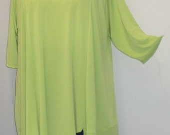 Coco and Juan Lagenlook Plus Size Tunic Asymmetric Top Kiwi Green Knit Size 2 (fits 3X,4X)  Bust 60 inches