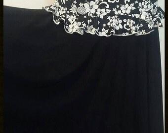 SALE**  Flamencita design, Professional Flamenco spanish skirt. Tribal fusion skirt.