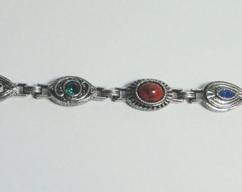 Vintage SARAH COVENTRY Silver tone Metal with Stones and Rhinestones Bracelet.
